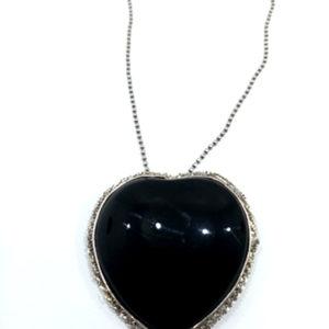 Collier coeur noir